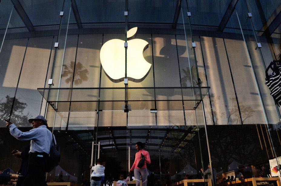 美系外資看好蘋果供應鏈可在下半年強勁復甦。 美聯社