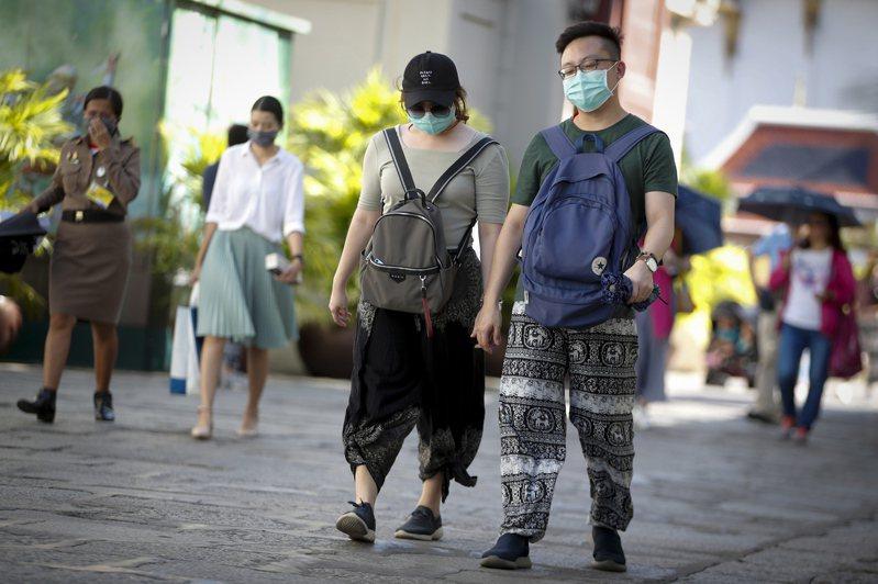 外交部表示,泰國衛生部依據是否發生地方感染病例做為標準,界定受疫情影響國家或地區。 歐新社