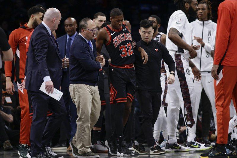 鄧恩月初扭傷膝蓋韌帶,將在四至六周後接受複檢,賽季恐提前報銷。  美聯社