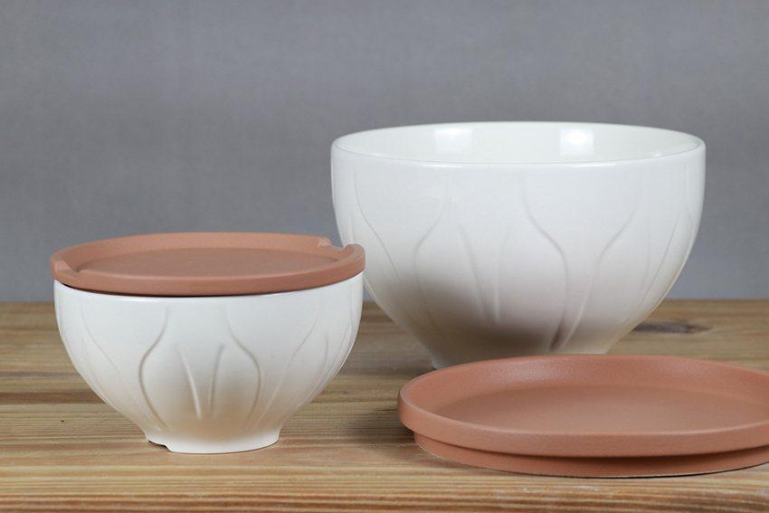 《鶯歌Bowl》大、小兩款,除了深具文化意涵,還兼顧質感及實用性! 陶博館/提供