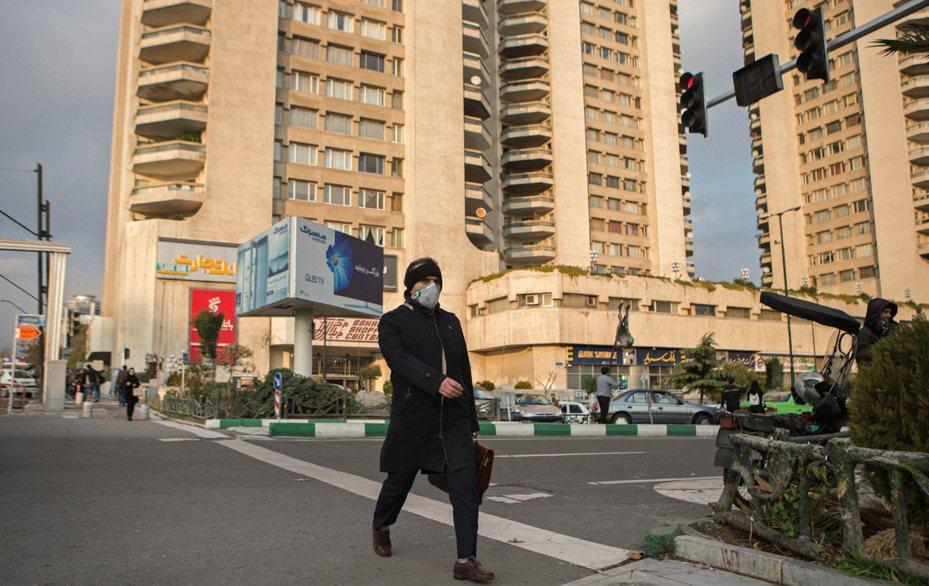 伊朗首度出現兩名確診新冠肺炎病患。 新華社