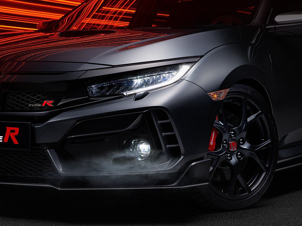 Honda Civic Type R Sport Line改用胎壁較軟的Mich...
