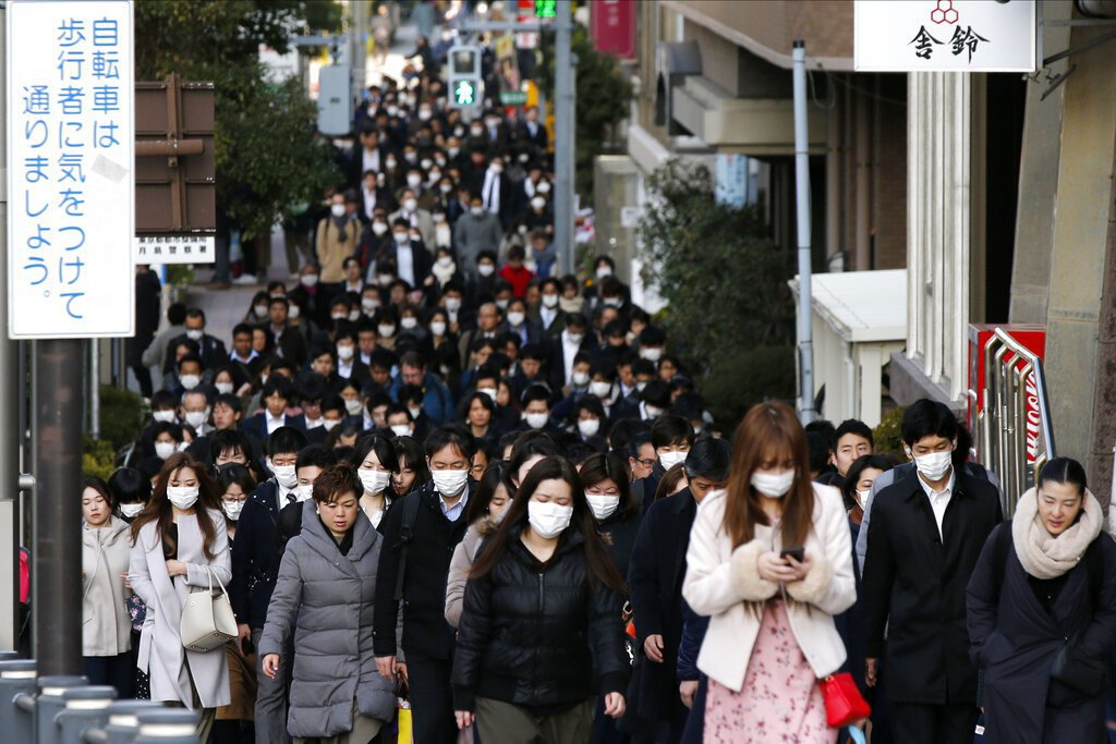 隨著新冠肺炎疫情蔓延,日本的感染人數也不斷增加。 圖/美聯社