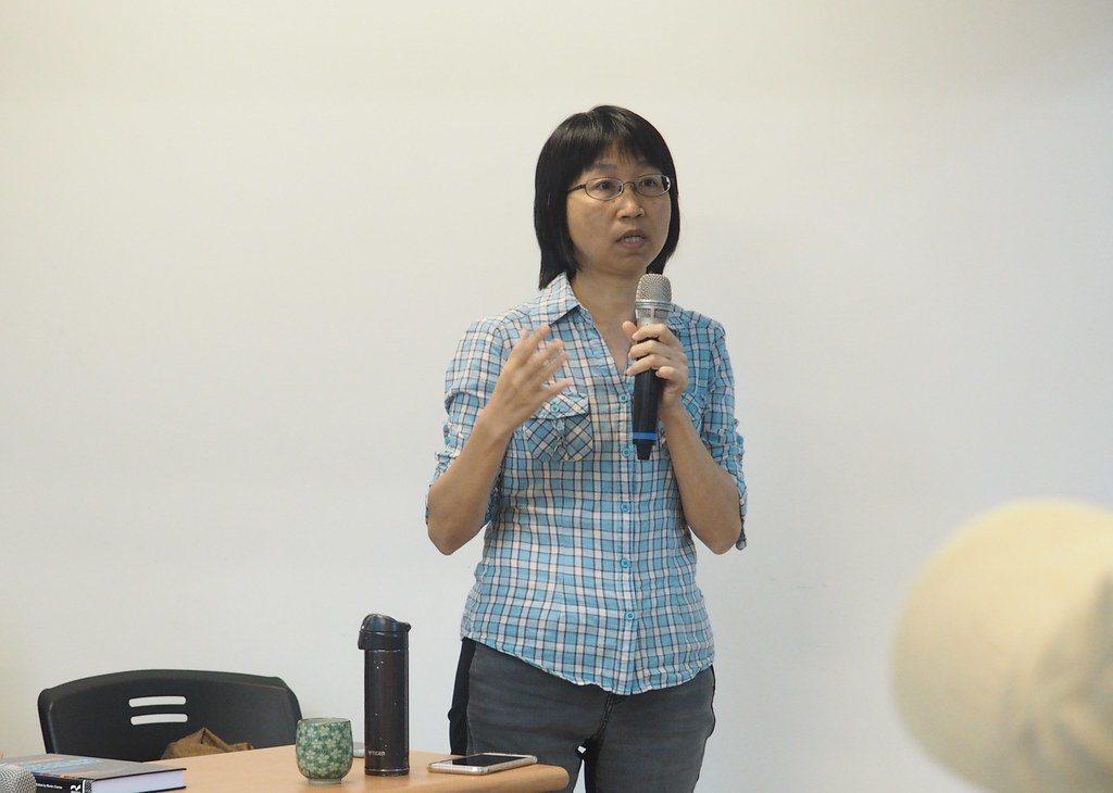 中山大學社會系副教授邱花妹表示,未來將推動在地維修咖啡館。 圖/李育琴攝影