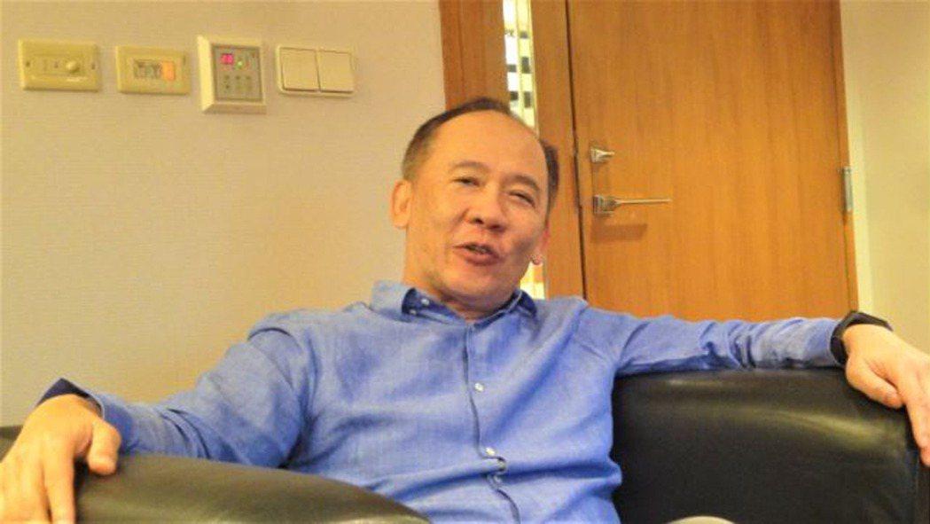昇陽建設總經理簡伯殷說:「北市房價打七折你們還是買不起」! 圖/倪子仁提供
