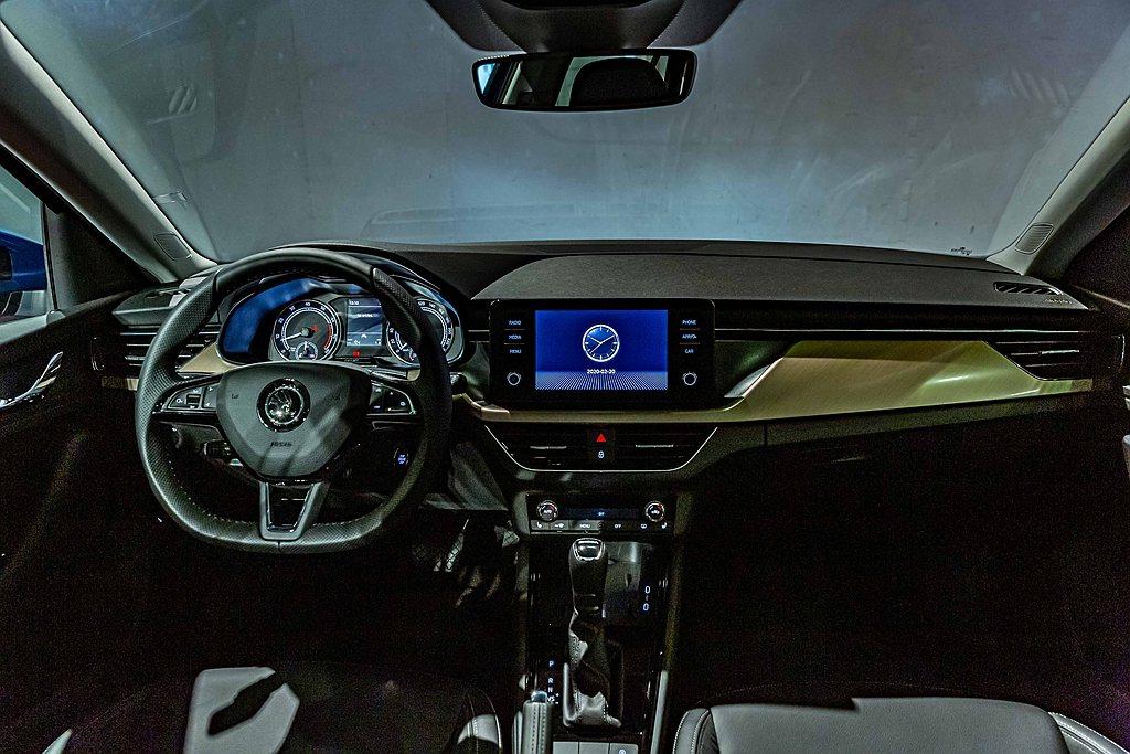 Skoda Scala內裝設計延續概念車Vision RS,也是Skoda旗下首...