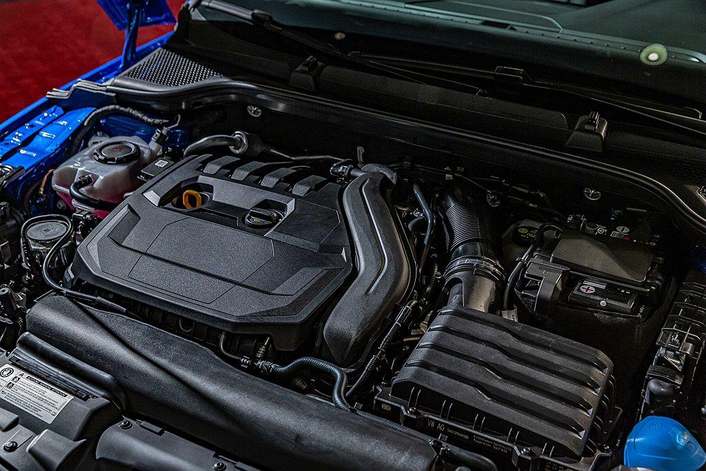 Skoda Scala具備1.0 TSI與1.5 TSI兩款汽油引擎可選,動能版...