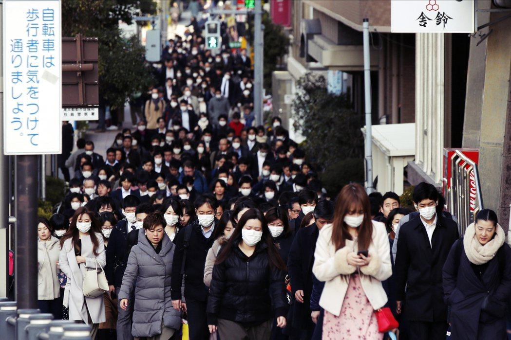 包括北海道、東京、千葉、福岡與和歌山等地,都出現了不知為何而感染的病例,這樣的狀...
