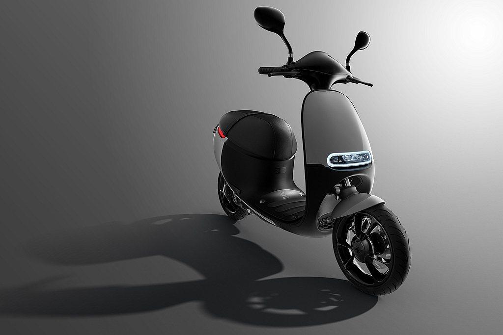 2015年推出的Gogoro 1系列,不僅是創廠始祖,其性能版S1是為超越而生的...