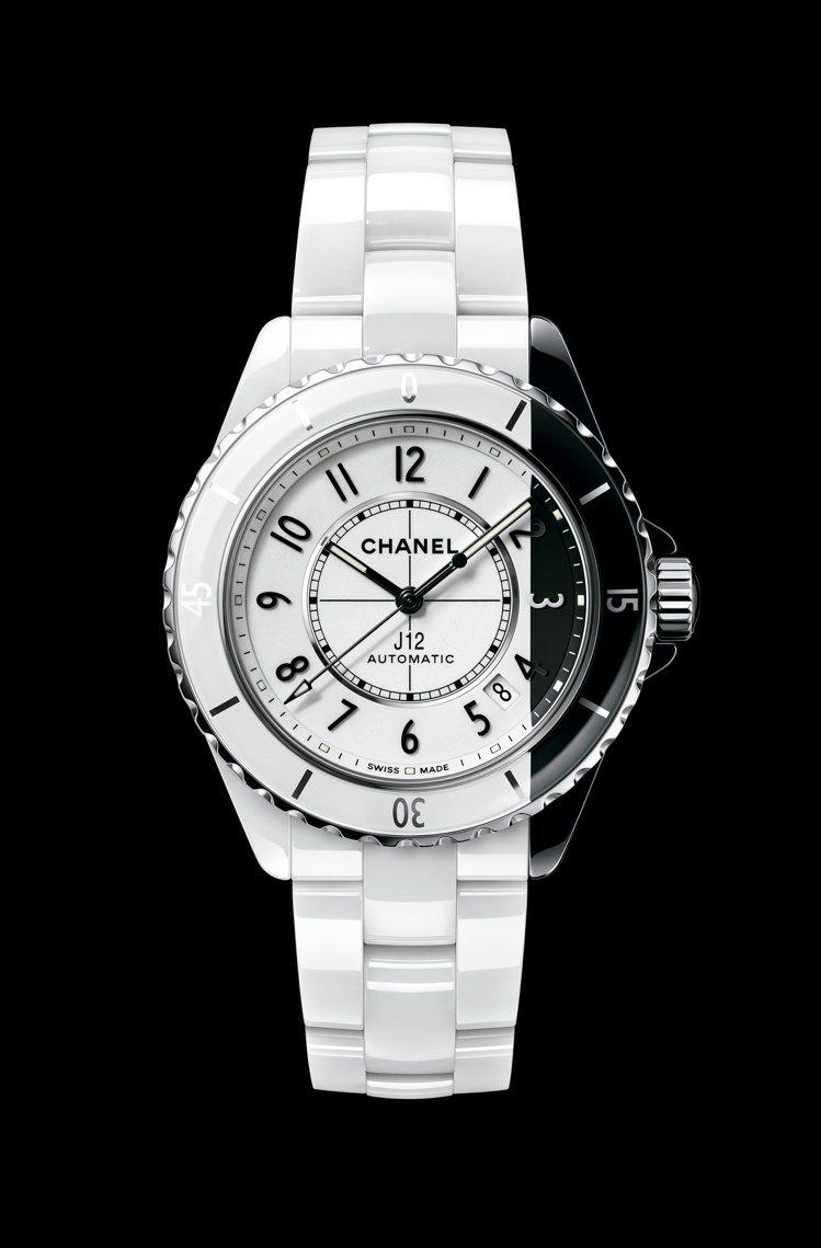 J12 Paradoxe腕表,白色與黑色抗磨精密陶瓷、Caliber 12.1自...