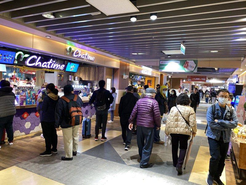 環球購物中心瞄準車站型店型推出「外送服務」。圖/環球購物中心提供