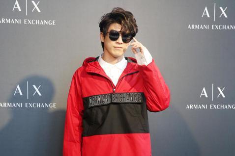 林哲熹今天出席Armani Exchange x 小林眼鏡春季新品發表會,考驗眼鏡和服裝搭配的功力。
