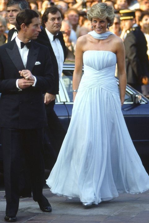 黛安娜王妃以前經常穿天空藍色調的服裝。圖/摘自Housekeeping.com
