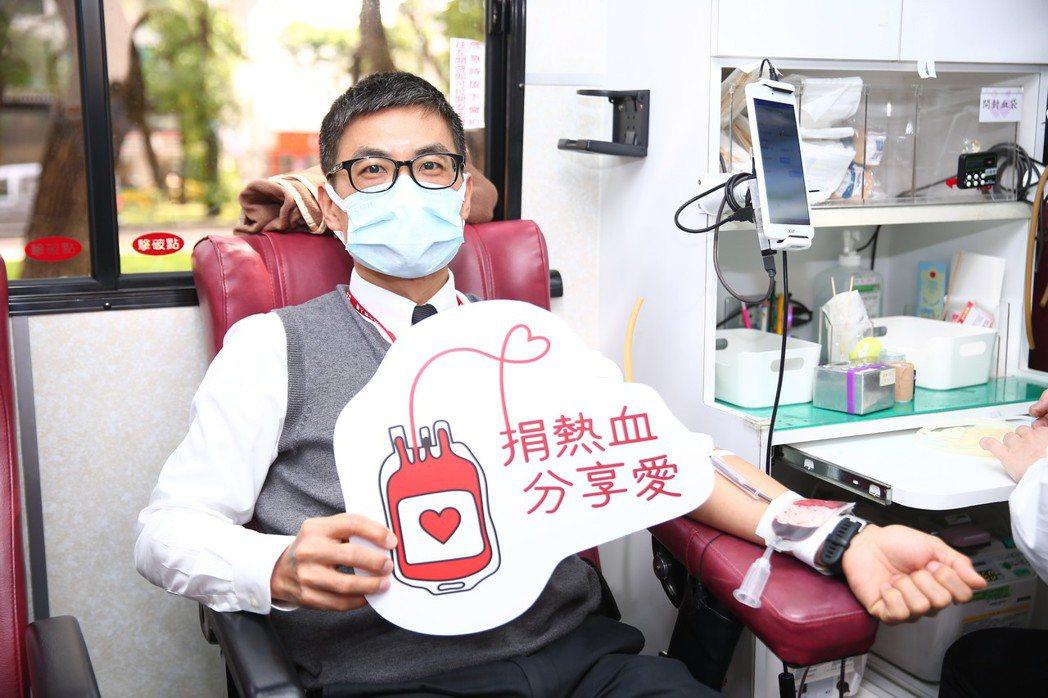 中壽同仁挽袖捐熱血,勇敢付出幫助更多需要的人,共創美好價值。 中壽/提供