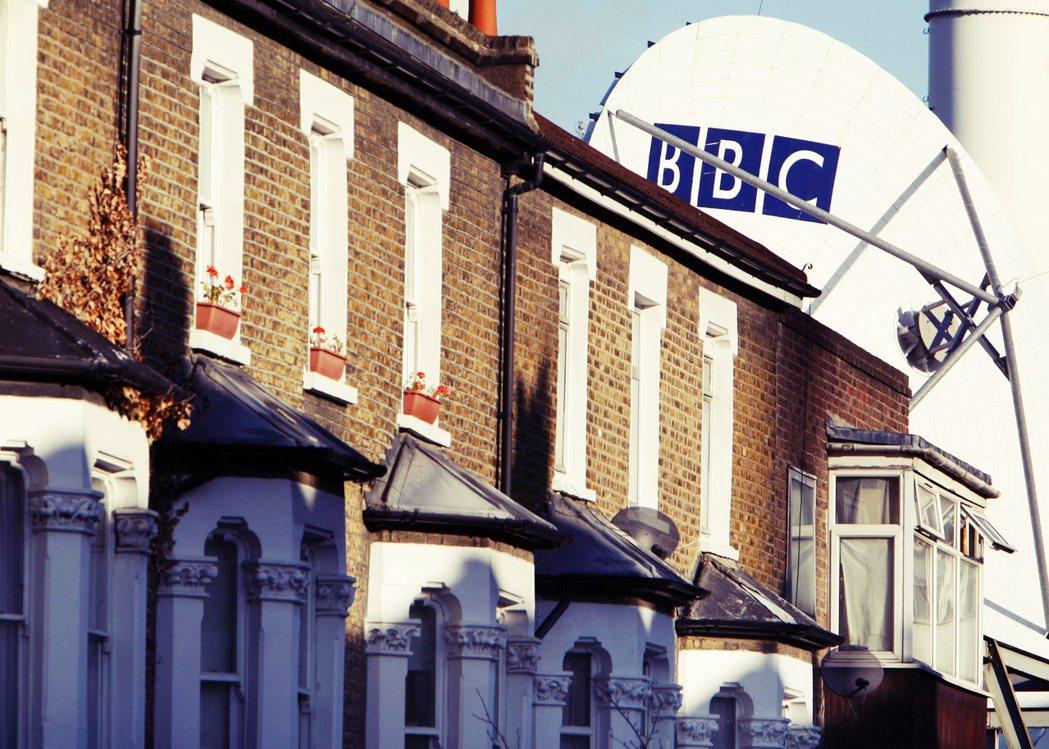 跟電視稅公司「交手」的都市奇譚時有耳聞。譬如:電視稅的人員會循著地址找來,看看你...