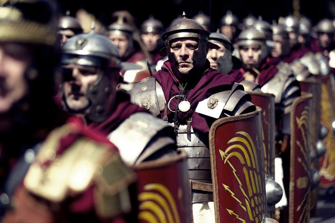羅馬當地時間21日傍晚,盧索的考古團隊才向外界發表了初步調查結果的說明。令外界期...