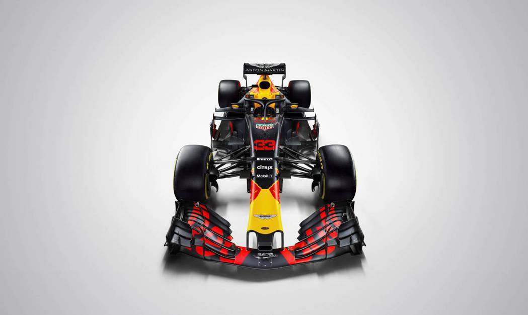 F1賽車表演賽原訂3月初在台北、台中街頭舉行,但受到疫情影響,封街表演賽暫緩,原...