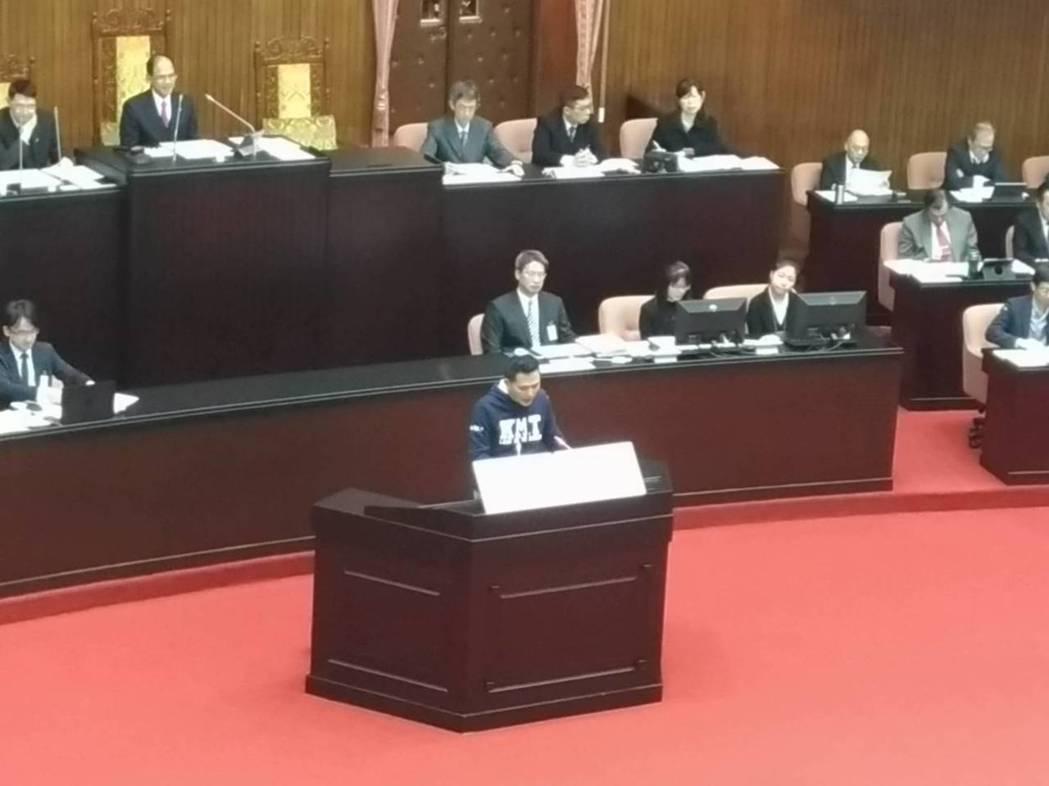 立法院今天開議,國民黨新科立委登記國是論壇發言踴躍。國民黨立委陳以信提出,為落實...