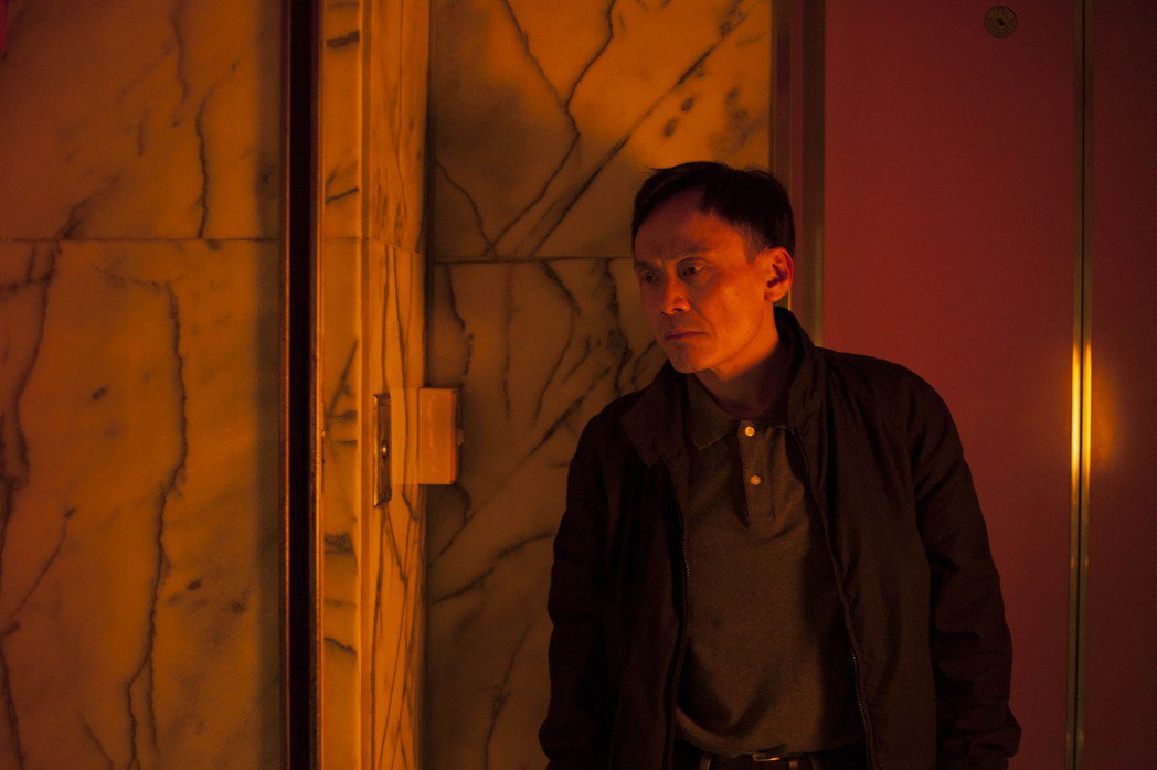 金馬影帝陳以文在「失路人」扮演警察。圖/中影提供