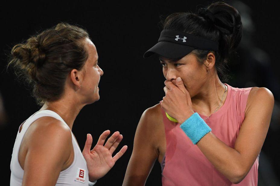 台灣網球「一姊」謝淑薇與捷克搭檔史翠可娃,要衛冕杜拜女網女雙冠軍只差一步了。 法新社
