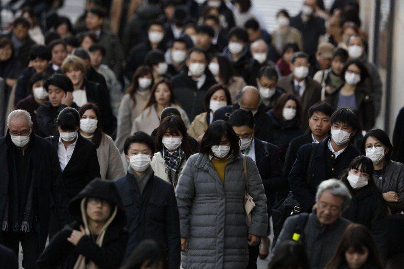 日本富士電視台今天報導,東京都內又新增3例新冠肺炎病例,總計東京都已有32例。 美聯社