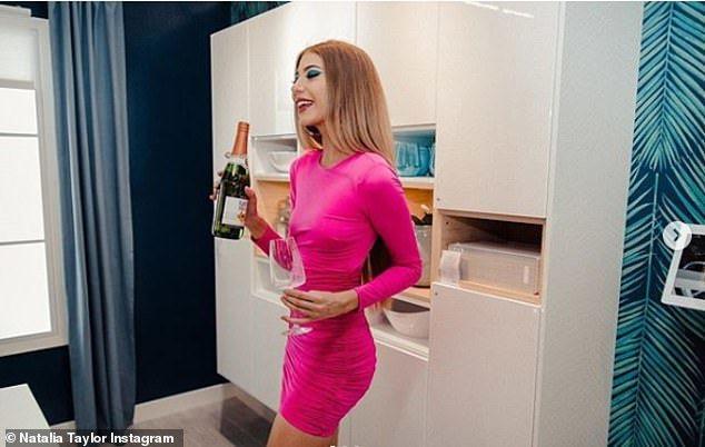 娜塔莉亞拍攝的照片中其實有IKEA的標籤,但都沒人發現。  ※ 提醒您:禁止酒駕...
