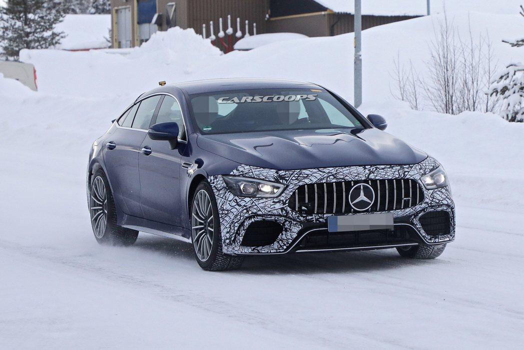 採用插電式油電混合動力的Mercedes-AMG GT 73,最大馬力將有望超越...