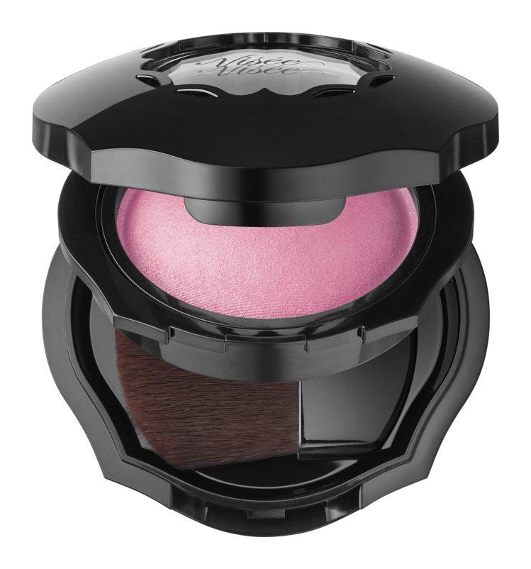Visee輕霧渲染頰彩「PK822冷櫻粉」,售價450元。圖/Visee提供
