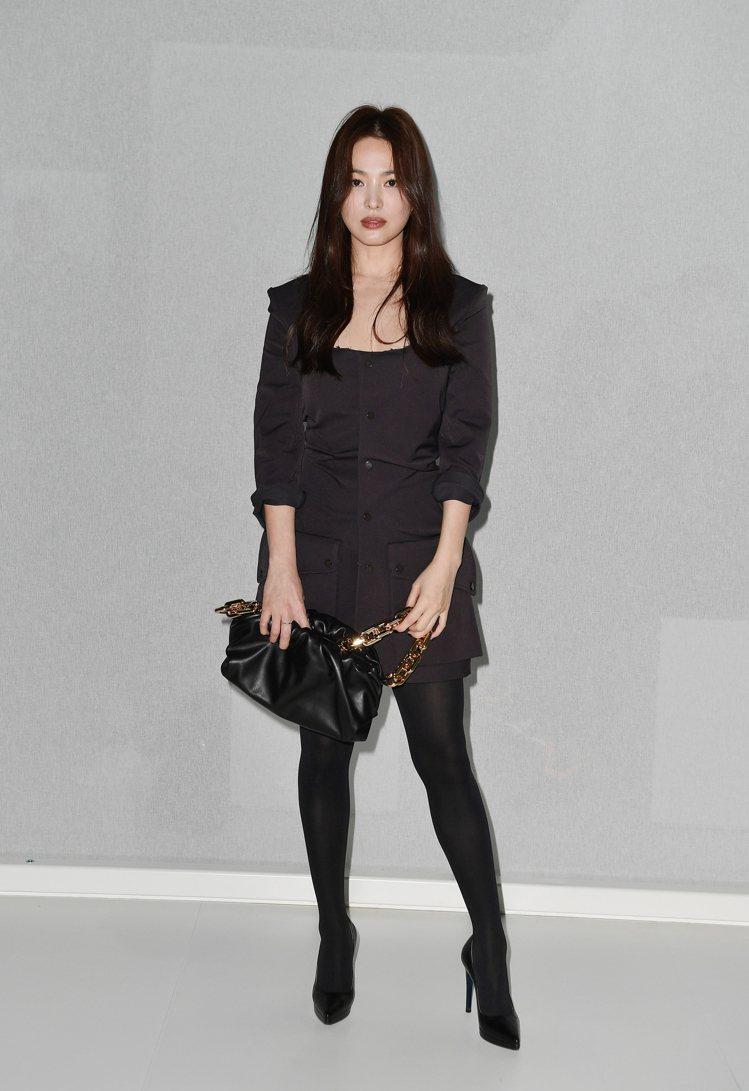 宋慧喬現身Bottega Veneta 2020秋季時裝秀。圖/Bottega ...