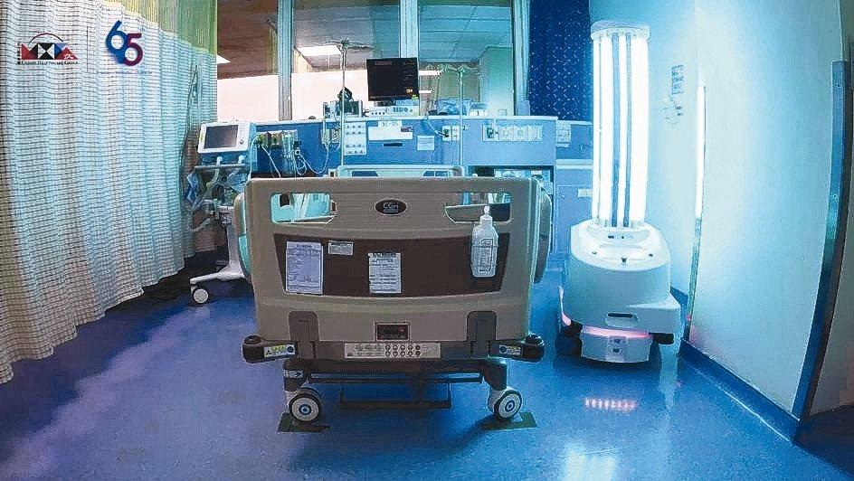 北歐立淨超紫C光智駕殺菌機器人具備高效移動性。 友信醫療集團/提供