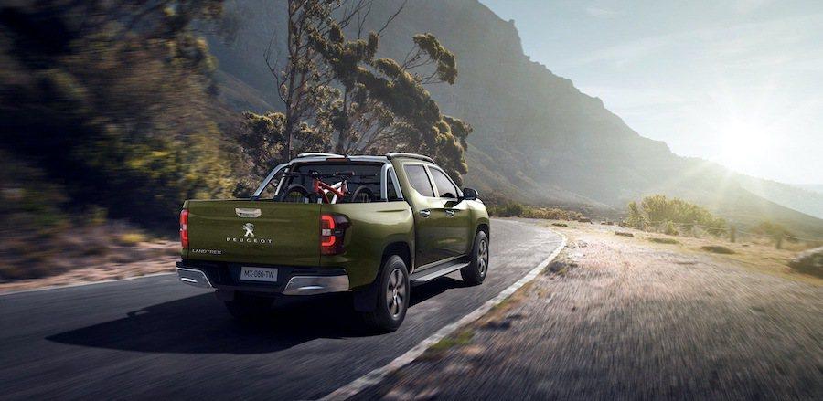 Peugeot提供