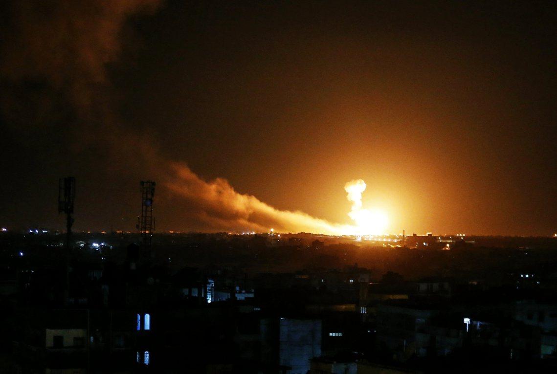 在奪屍事件之後,PIJ的武裝部隊也於同日朝以色列南區發射了20多枚火箭。雖然沒有...