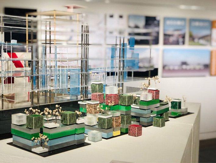 交大建築展,今年以「什麼時候」為主題,呈現學習建築的各種時候,無數的模型與圖面成為時間總和的再現,並首度以師生聯展方式,建立兩相對照的時序與觀眾分享。圖/交大提供