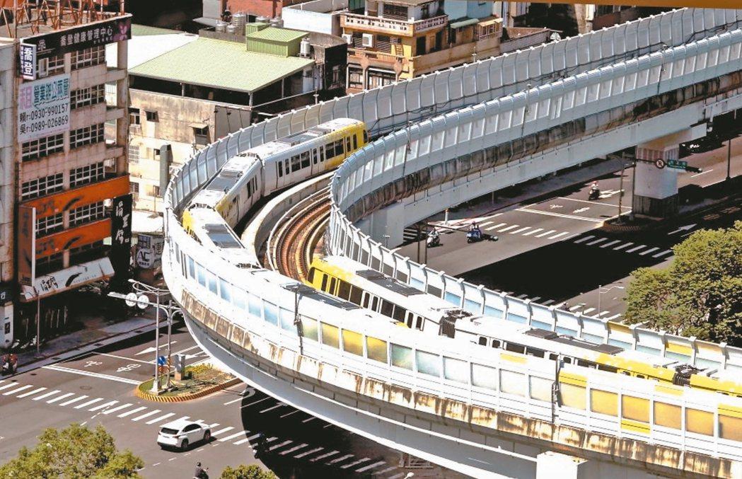 捷運環狀線沿線各站平均房價都來到四字頭。 圖/聯合報系報資料照片