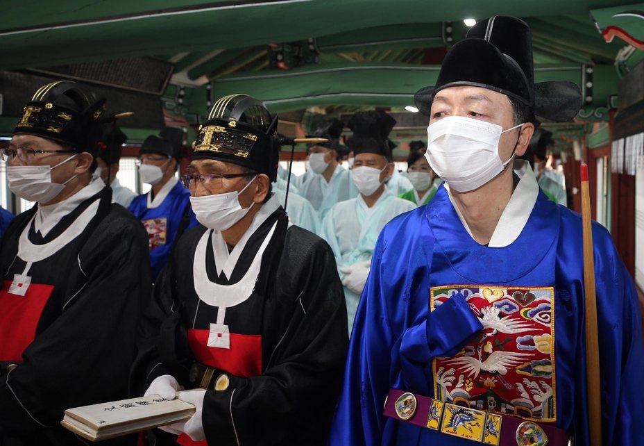 南韓新冠肺炎確診數持續攀升。圖/歐新社