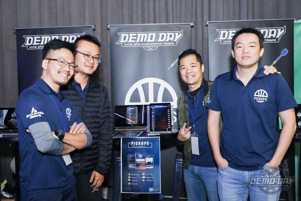 榮獲第三期優勝團隊的PICKUPS推出亞洲首款社群籃球App,來串聯臺灣各大業餘...