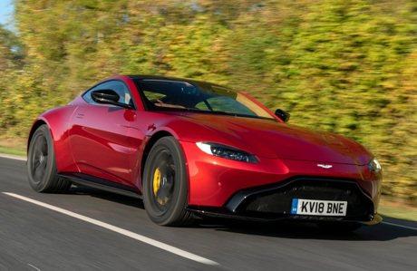 影/成功拿下品牌最速頭銜!Aston Martin Vantage挑戰綠色地獄告捷