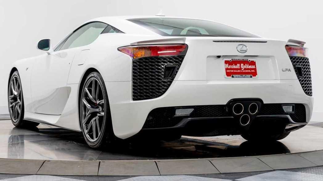 >LEXUS LFA超跑全球限量僅500輛,雖然推出時間已久,但依然是市場上炙手...