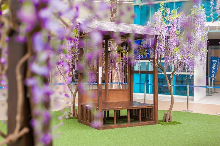 林口三井OUTLET推出春季限定的「紫藤花海秘境」。圖/MITSUI OUTLE...