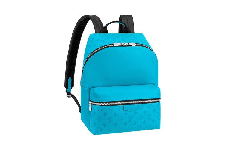 路易威登湖水藍Taigarama Discovery後背包,售價75,000元。...