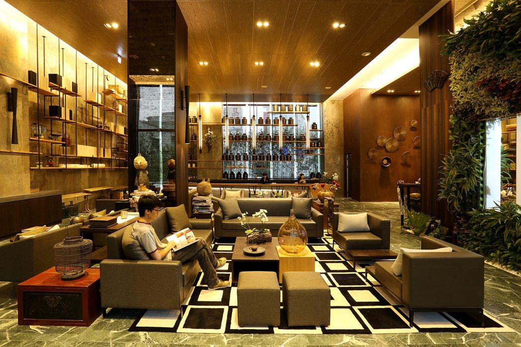 承億文旅桃城茶樣子茶香風味四溢的茶罐大廳。  承億文旅 提供