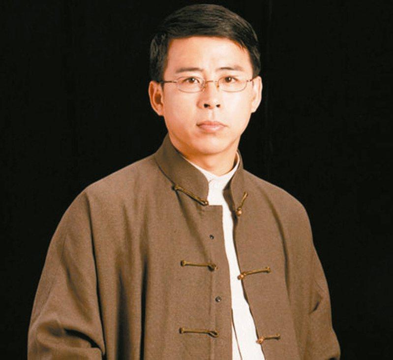 阿丘原名邱孟煌,曾任中央電視台綜合頻道主持人。 圖/取材自央視網