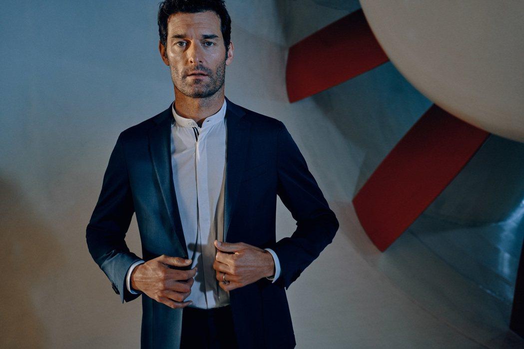 由前澳洲賽車手Mark Webber帥氣演繹全新系列廣告。業者/提供