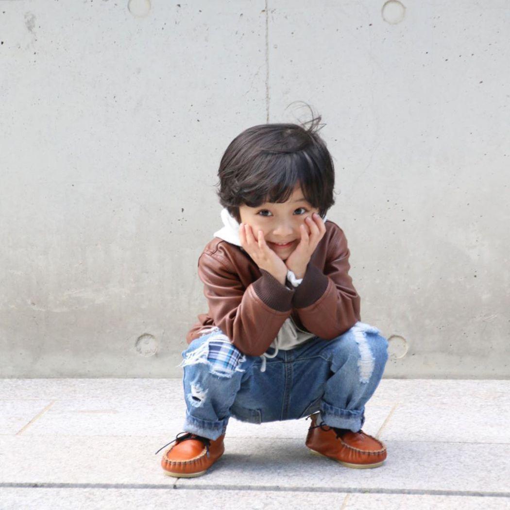 徐宇鎮是個男孩,已出演過多齣韓劇。圖/擷自IG
