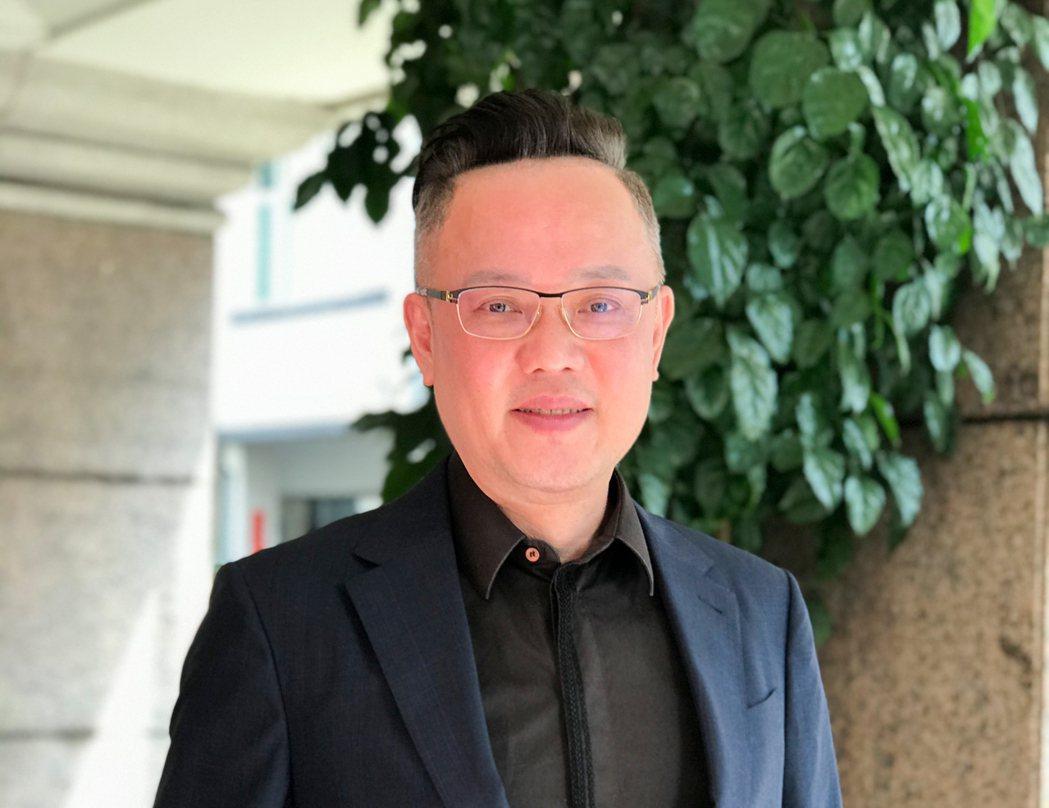 上揚國際建築團隊董事長林聰麟發展新的房地產銷售模式,鼓勵企業內部創業,並開放加盟...