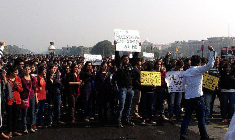 在川普盛大訪問印度期間,也伴隨著抗議人潮造成大量傷亡,形成強烈對比。(Photo from Wikimedia Commons)
