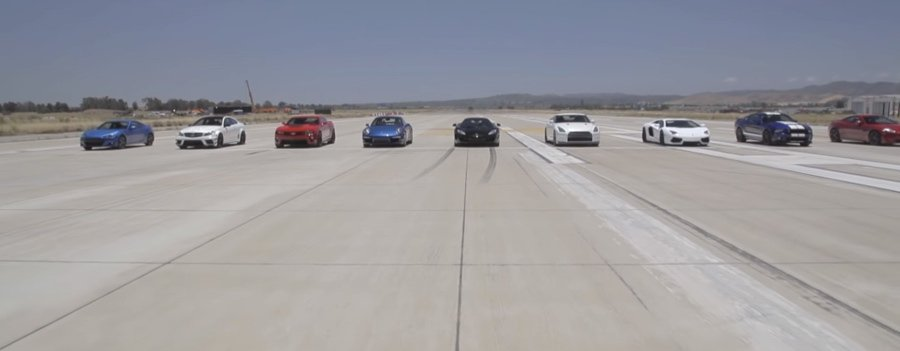 裁自Motor Trend影片