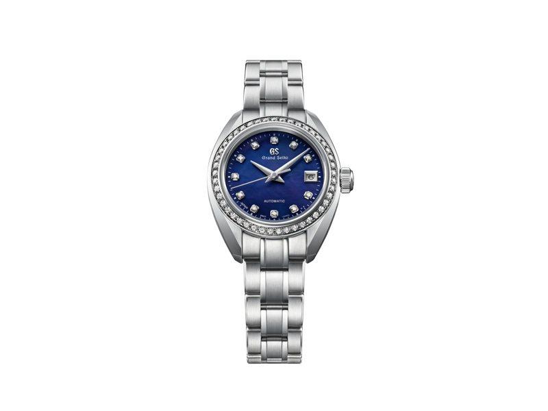 Grand Seiko 60周年限定STGK015腕表,不鏽鋼表殼、表鍊搭配珍珠母貝表盤、鑽石表圈與時標,限量300只,約30萬5,000元。圖/SEIKO提供