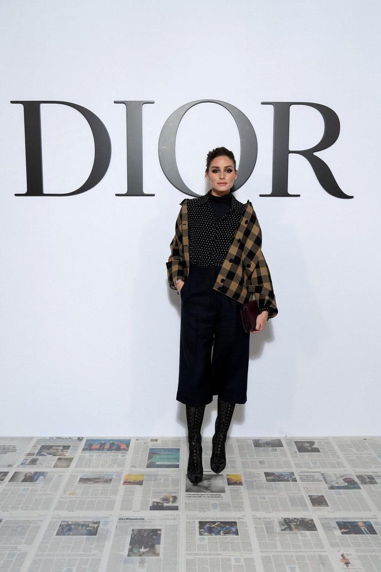 名媛Olivia Palermo穿出DIOR的優雅姿態。圖/DIOR提供
