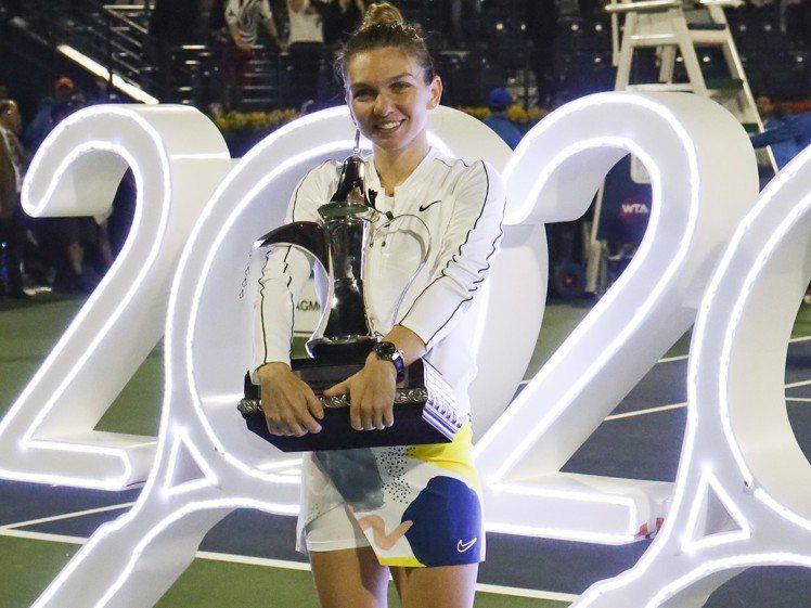 哈勒普(Simona Halep)獲得本屆杜拜女網賽女單冠軍,展現新時代女性的自...